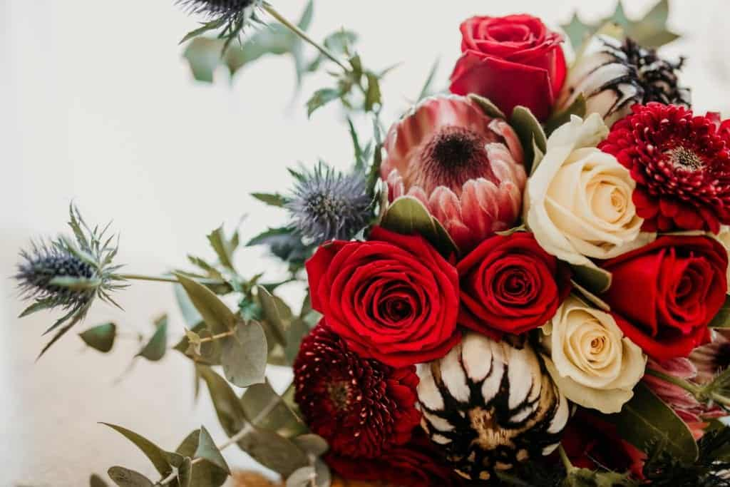 Here Are Some DIY Flower Arrangement Ideas That You Should Try