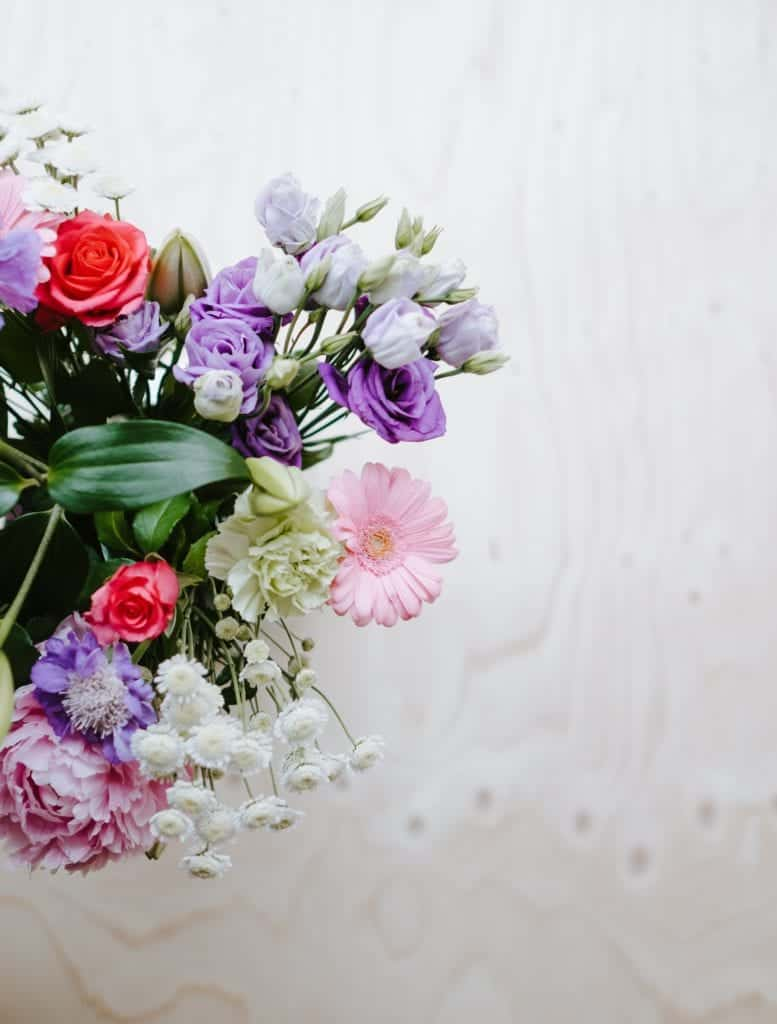 Material Design: Artificial Flowers At Home?